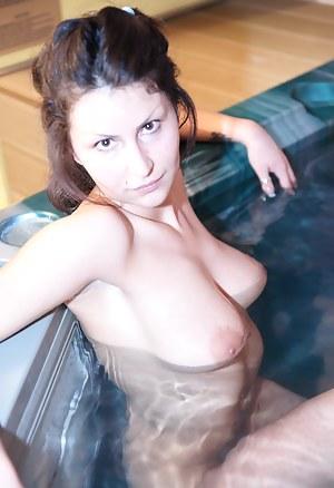 Teen Sauna Porn Pictures